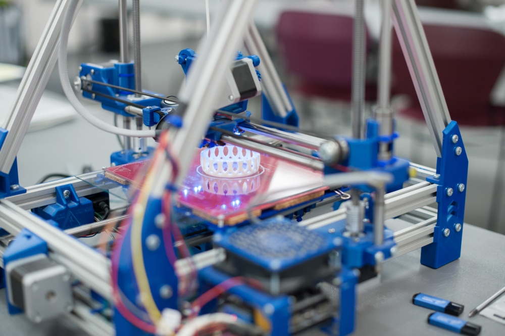 BASF împreună cu HP oferă acces la materiale personalizate pentru imprimarea 3D