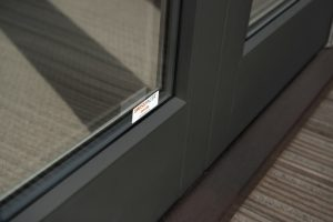 Einheitliche Optik: Fensterrahmen und Abstandhalter. Foto: DevonshireHomes