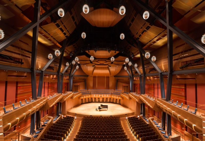 MRU – Bella Concert Hall: Interior Design with HAVER Architectural Mesh for the Bella Concert Hall in Calgary, Canada.