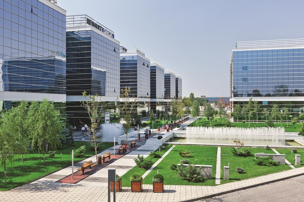 Parcul de afaceri West Gate adaugă 4000 mp la contractul semnat cu Societe Generale European Business Services