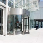 The-Globalworth-Tower,-Record,-usi-rotative-automate,-Blasi,-Aluterm,-Bucuresti,-Bucharest-One-(20)
