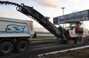 Wirtgen races over finishing line at the Misano World Circuit with its 3D technology. Foto: Trimble.