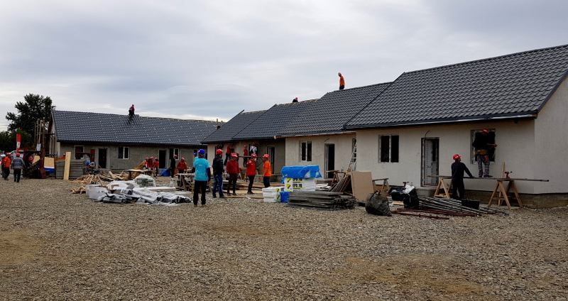 Ariston Thermo România sprijină cu 36 de centrale termice proiectul BIG BUILD 2017