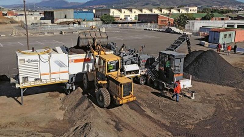 Rehabilitation of Camps Bay Drive in Cape Town with Wirtgen Cold Recycling Technologies