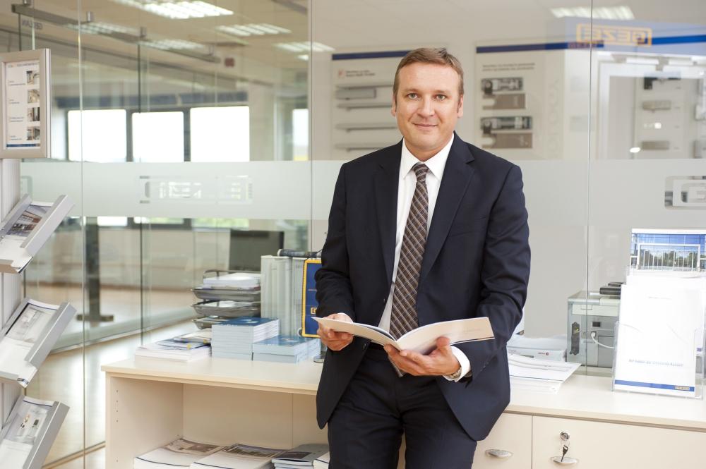 GEZE România raportează afaceri de peste 3 milioane euroîn anul financiar2015-2016