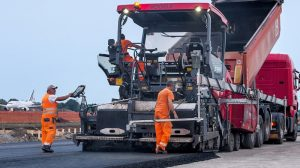 "Ultra-modern, user-friendly technology is the basis for the innovative, environmentally friendly and economical asphalt pavers of the new""Dash 3"" generation from Vögele. That also applies to the SUPER 1803-3wheeled paver used in Bologna."