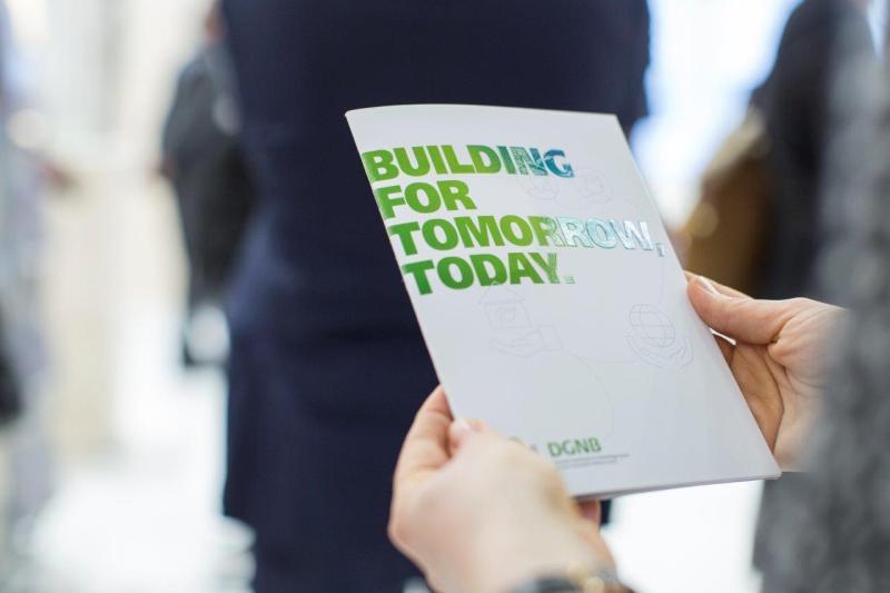 Nachhaltiges Bauen in der Lehre: DGNB intensiviert Zusammenarbeit mit Hochschulpartnern weltweit