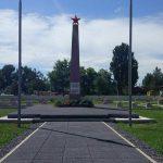 Monumentul Eroilor Buzau_Pavaj premium Umbra antracit_Elis Pavaje